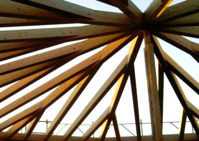 Marina-di-Vecchiano-x-lam-KLH-woodcape-1080x1440-dettagio-copertura-690x920