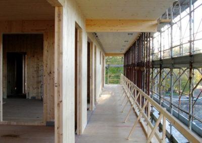 San-Lazzaro-di-Savena-x-lam-KLH-woodcape-1280x720-vista-interna-cantiere-1024x576